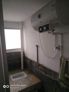 (星光路梨园巷)1室1厅1卫30m²简单装修