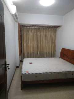 景园小区3室1厅1卫152m²精装修租2200