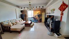 (八步区)老粮食局小区4室2厅2卫146m²精装修