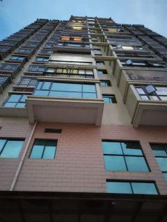 城投东方广场3室2厅2卫106m²毛坯63.7万