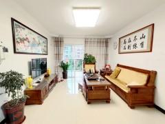 城中,读龙山小学,3室2厅2卫125m²,简单装修,南北通风