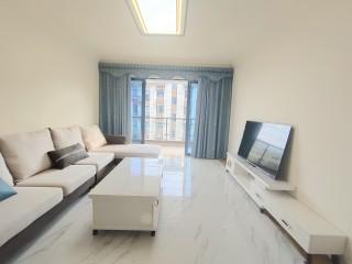 门口就是爱莲湖,碧桂园3室2厅2卫120m²,精装修,好停车