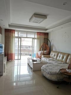(八步区)汇豪国际城2室2厅1卫90m²简单装修