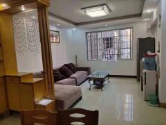 城东畔山雅园3室2厅2卫中装修带固定车位家私家具齐全