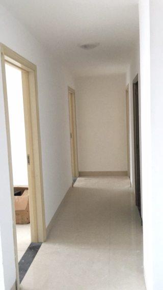 (八步区)香港城3室2厅2卫1500元/月135m²出租