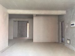 (八步区)绿洲家园4室2厅2卫89万167m²出售